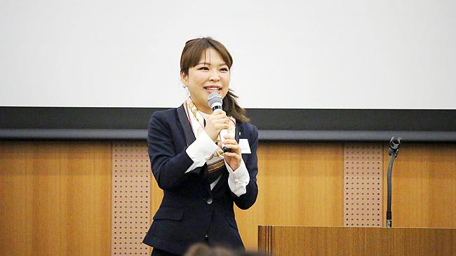 ドクターサポート株式会社 エグゼクティブマネージャー 坂本 麻衣